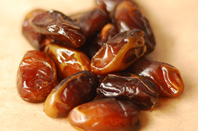 Fresh Honey Dates